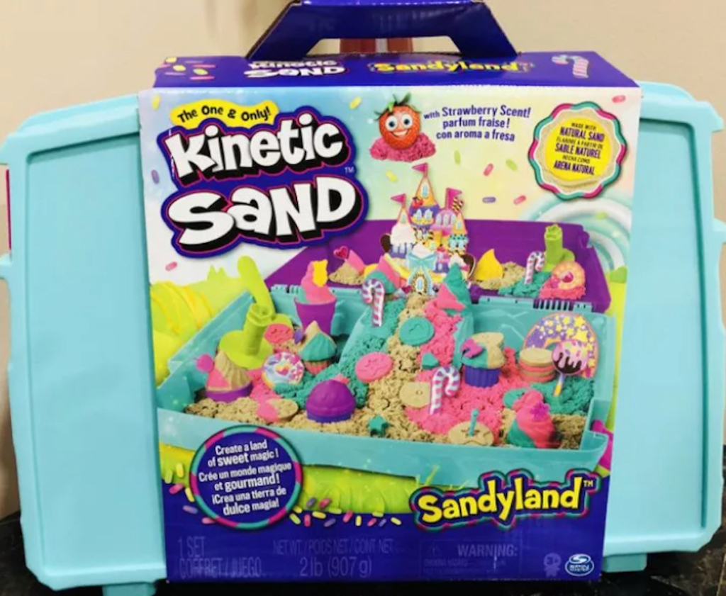 kinetic sand toy case with picture on outside