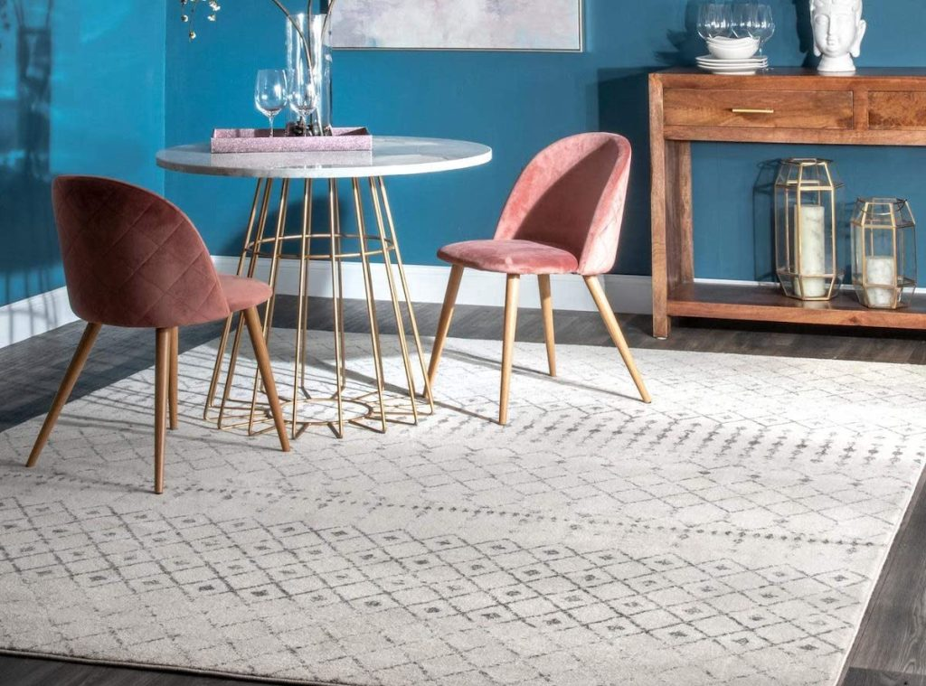 white grey rug in dining room