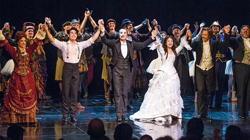 phantom of the opera cast on stage