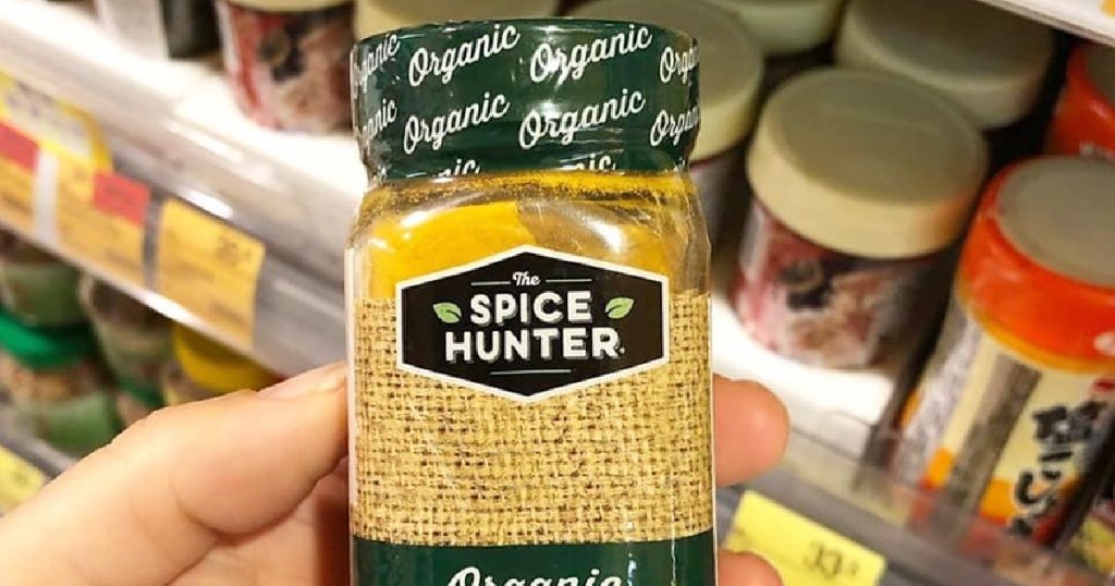 the spice hunter jar in hand