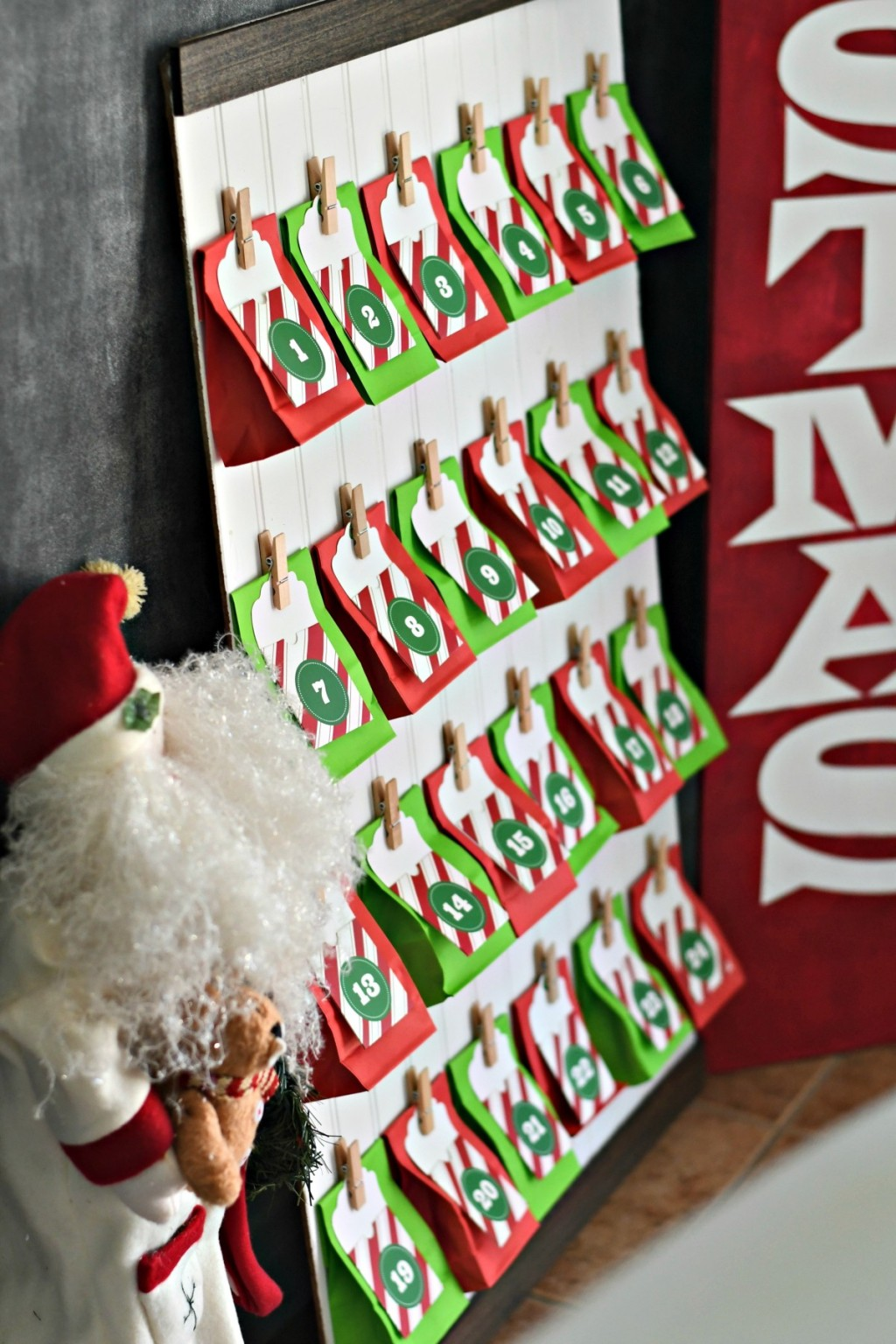 Advent calendar with hanging goody bags
