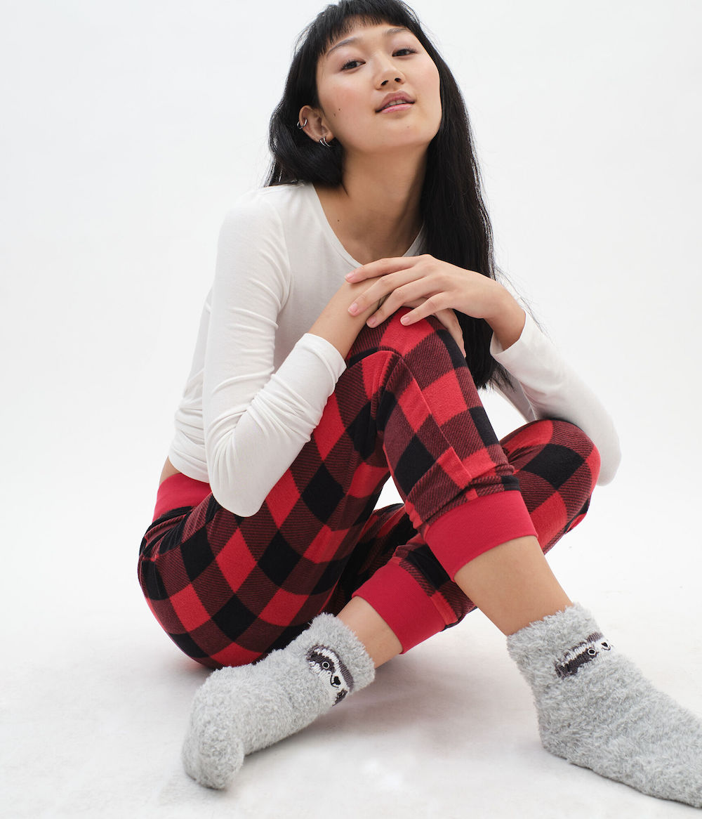 girl wearing Aero Girls Plaid Jogger
