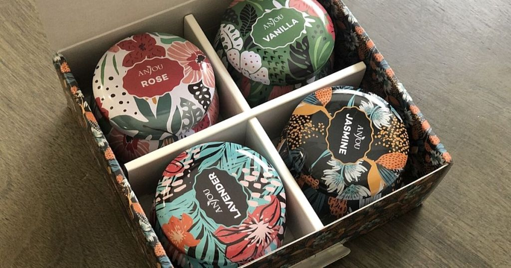 Anjou candles in gift box