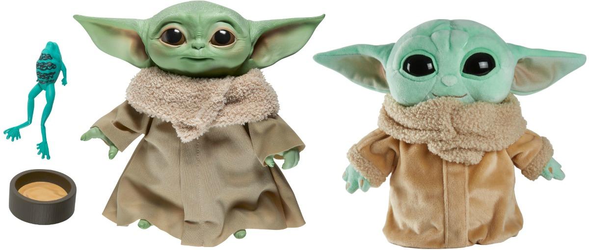Dua mainan bertema Baby Yoda yang berbeda