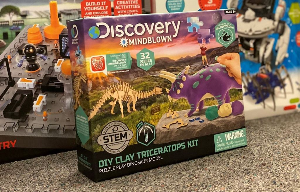 Discovery Mindblown Clay Triceratops Kit