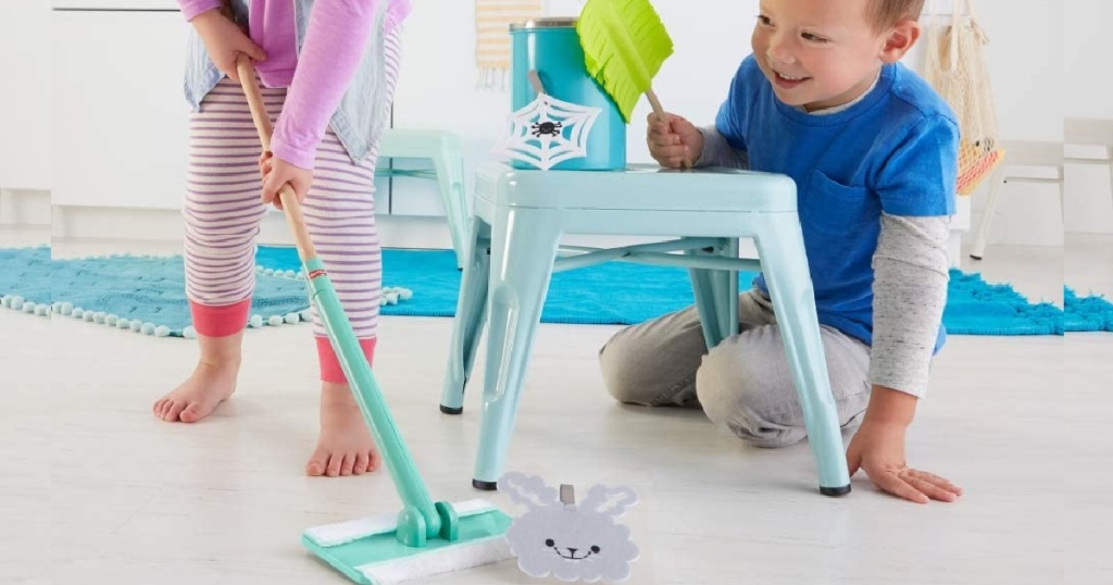 Fisher-Price 5-Piece Play Clean-up and Dust Gift Set