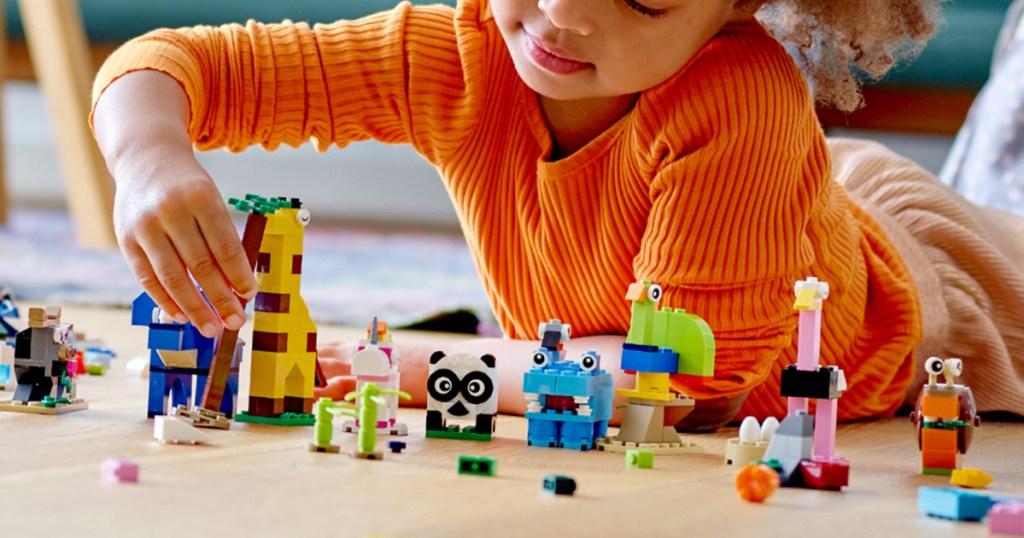 LEGO Classic Bricks and Animals 1,500-Piece Building Set