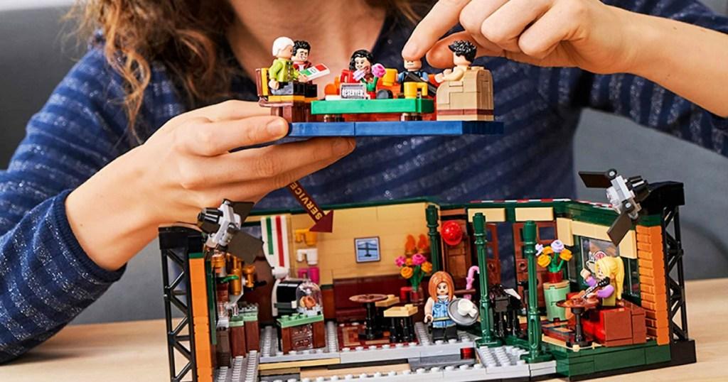 LEGO Ideas Friends Central Perk Set