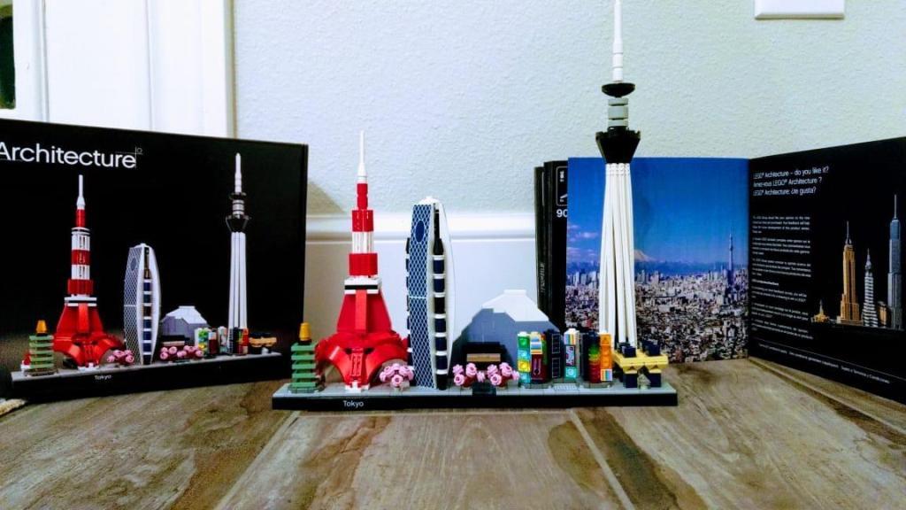LEGO Tokyo set, box and book