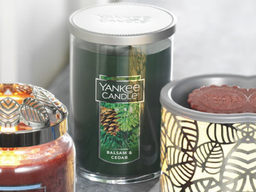 large yankee 2 wick balsam and cedar candle