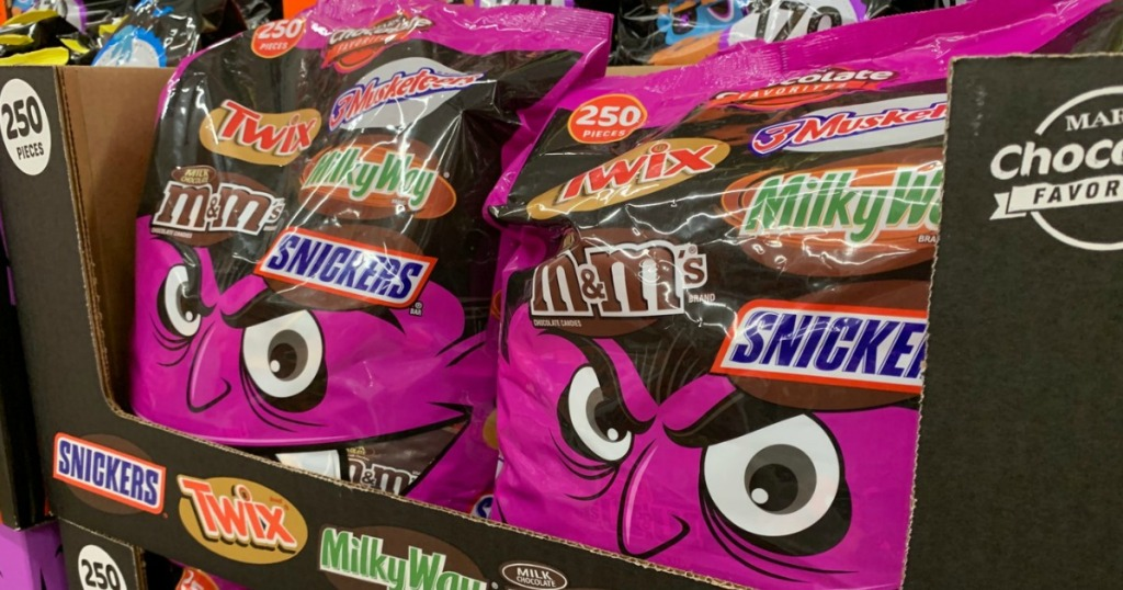 Mars Halloween candy Bags in store display