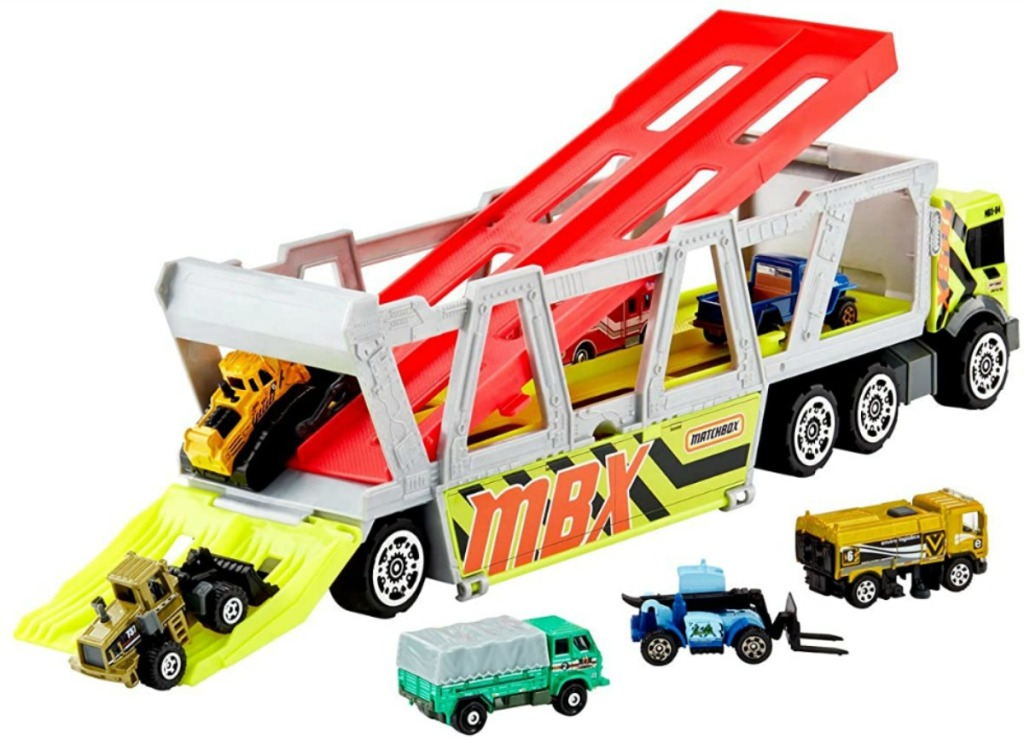 Matchbox construction hauler with toy cars