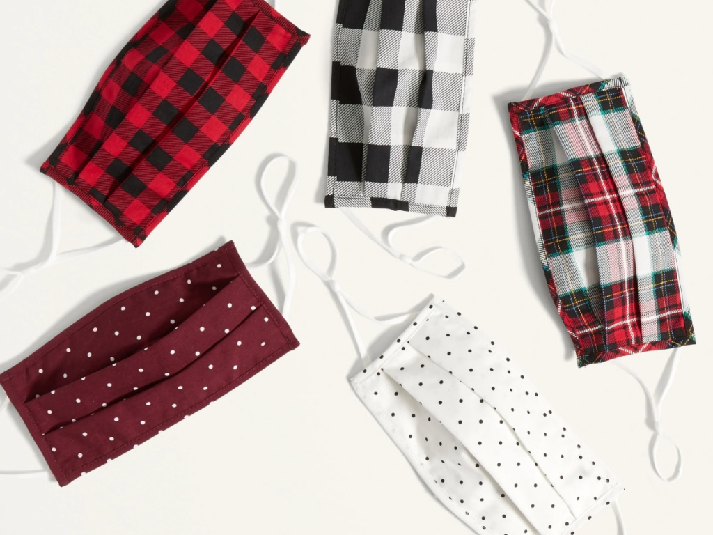 Old Navy 5-Pack Holiday Designs Triple-Layer Pleated Face Masks w/ Ear Adjusters