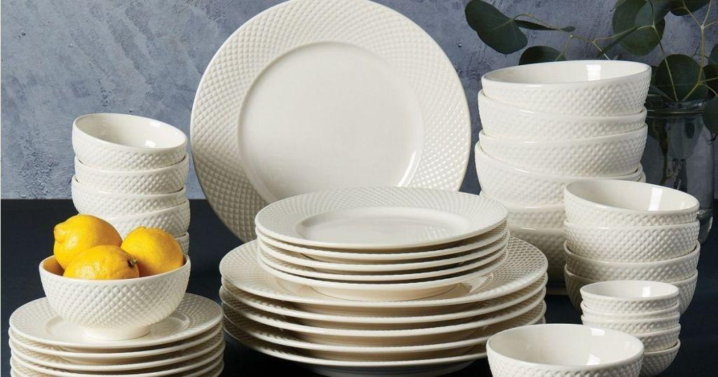 Tabletops Unlimited 42-piece tableware set