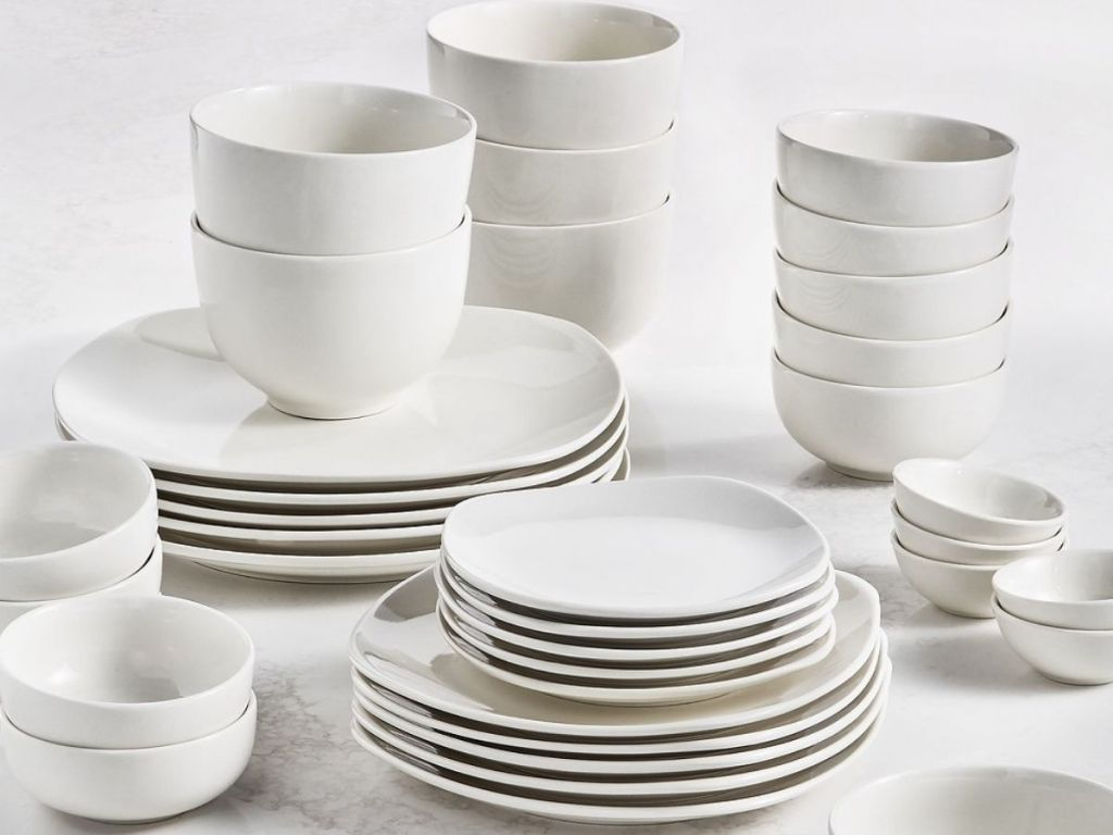 Tabletops Unlimited 42-Piece Plate Set