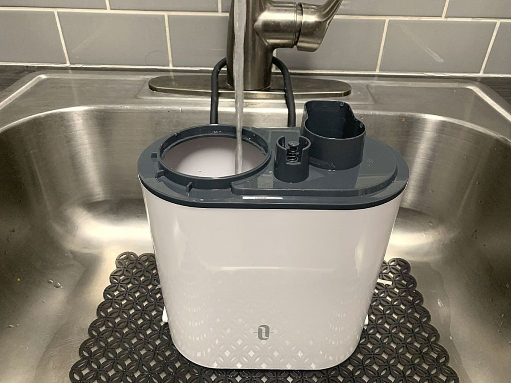 humidifier getting filled under sink