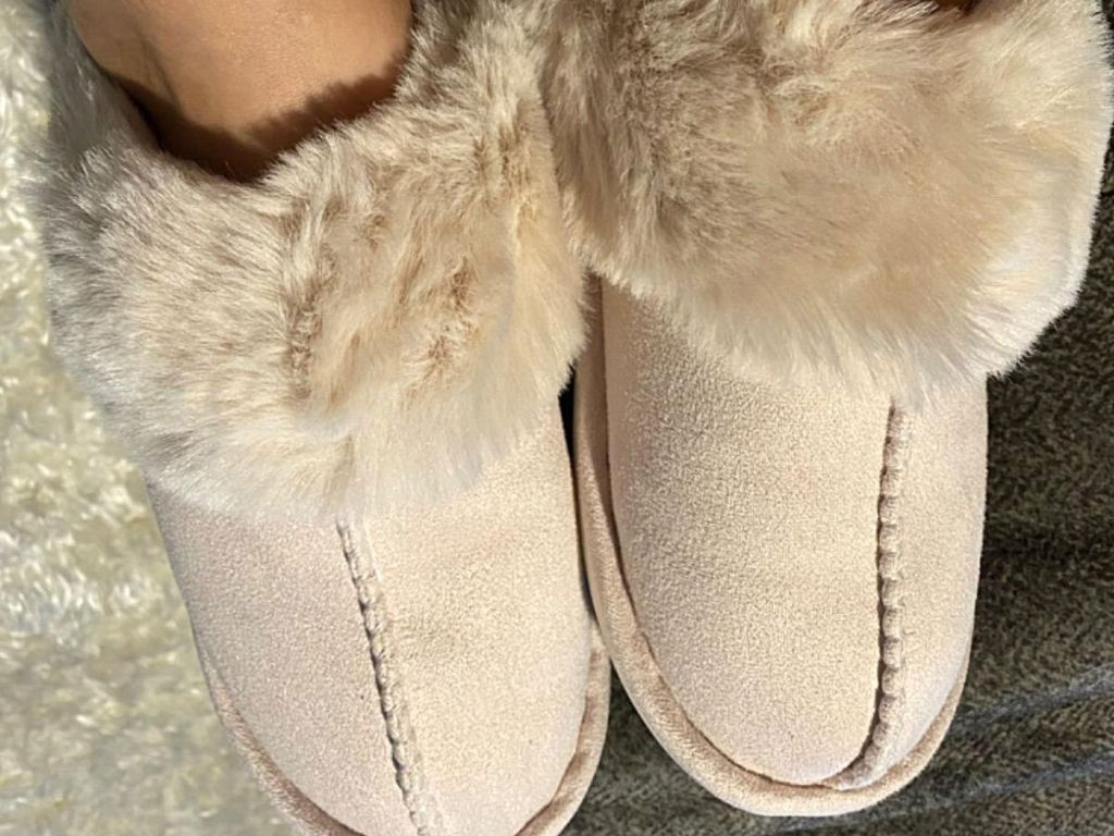 soft pink and white fluffy slippers