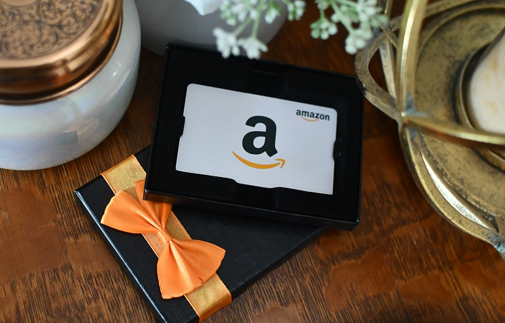amazon holiday gift card