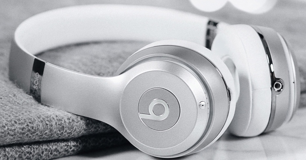 beats by dre solo3 headphones in satin silver
