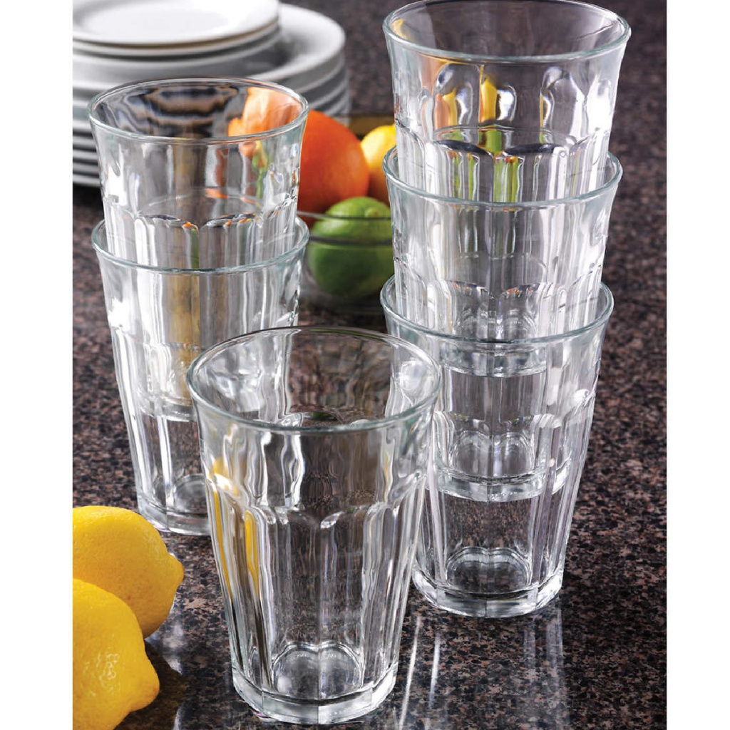 glass set with glasses stacked