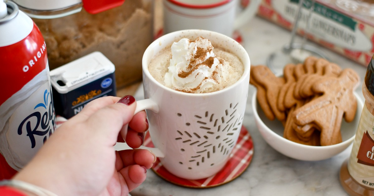 holding a gingerbread latte