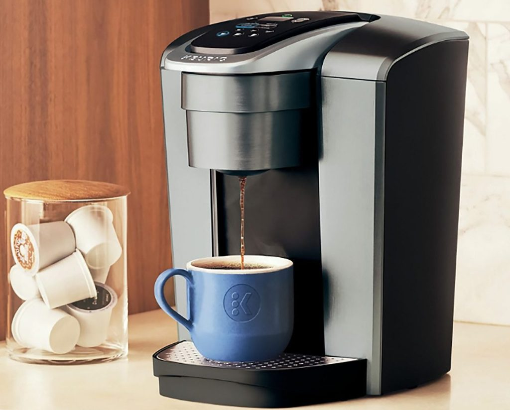 keurig k-elite coffee maker brewing a cup of coffee