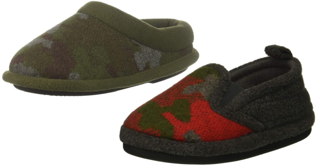 kids dearfoam slippers camo and red