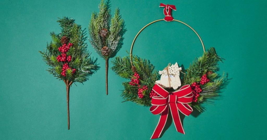 DIY Christmas hoop wreath