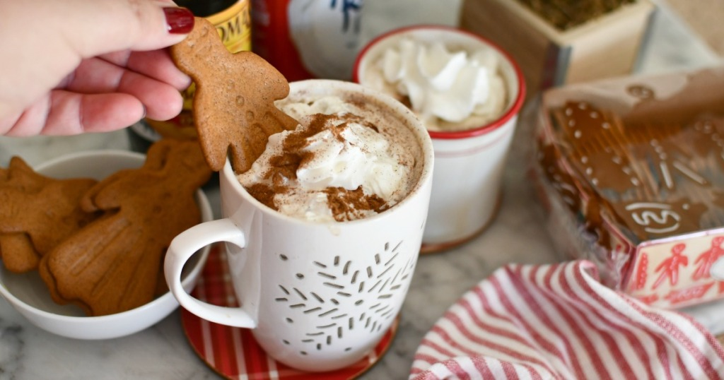 putting a gingerbread cookie in gingerbread latte