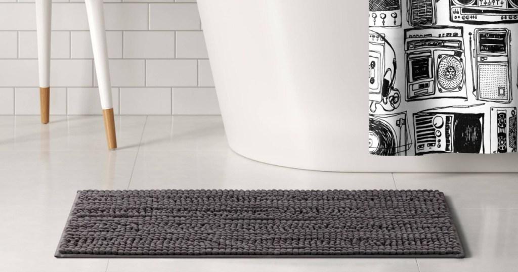 room essentials bath rug in bathroom