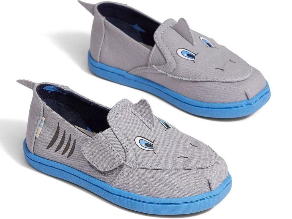 shark slip on shoes