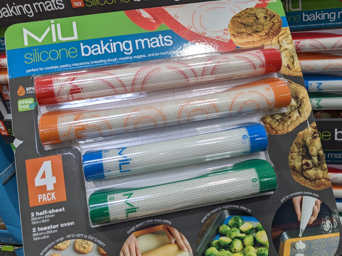 package containing baking mats