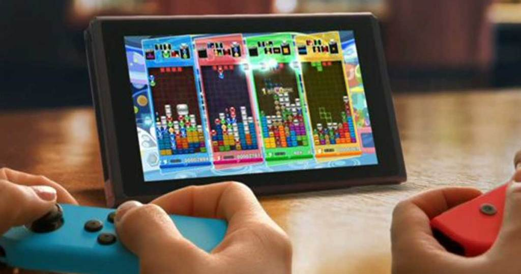 playing Nintendo Switch on screen