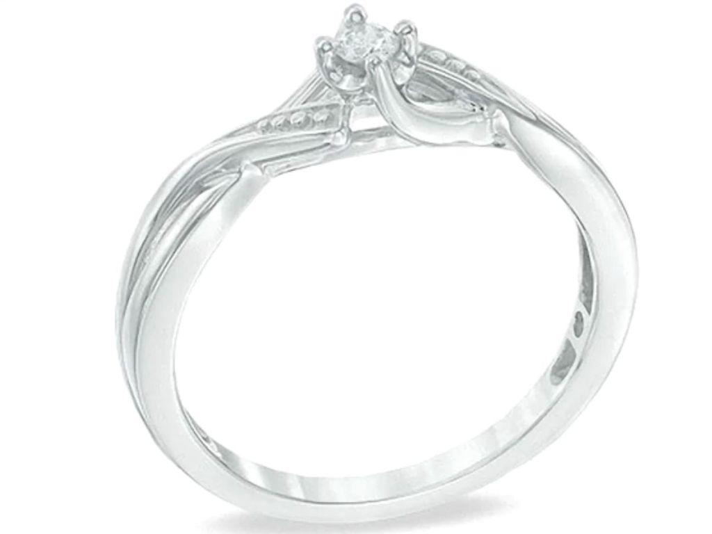 diamond twist accent ring