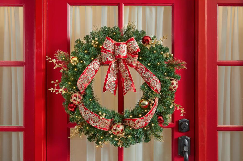 Home Accents Holiday Wreath on a door