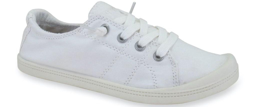 women's white sneaker