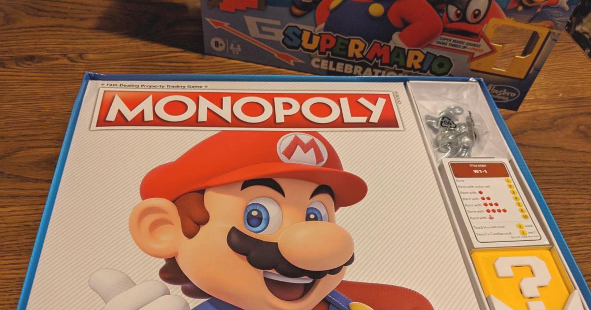 Monopoly Super Mario Bros. Board Game open box