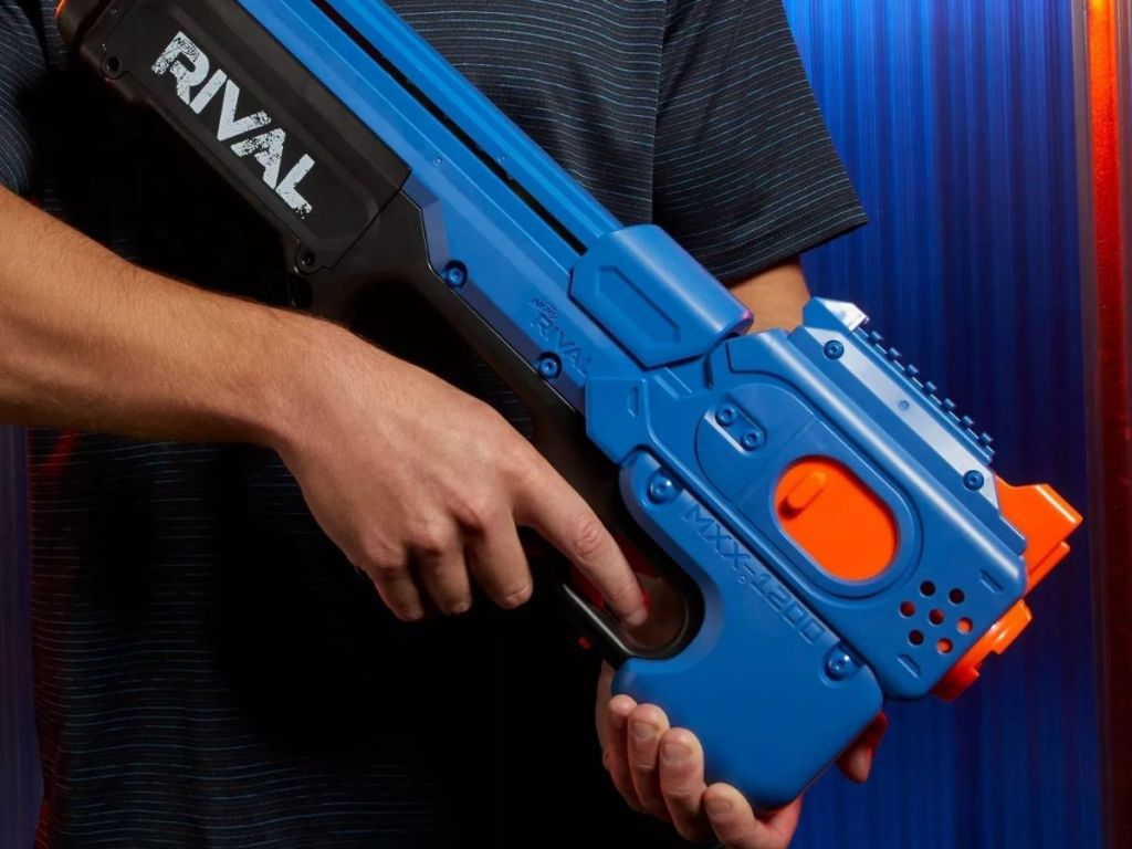 Person holding Nerf Rival MXX Blaster