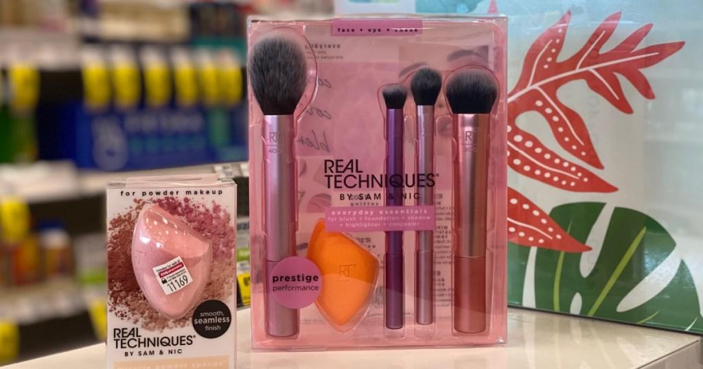 makeup tool kit and sponge in store