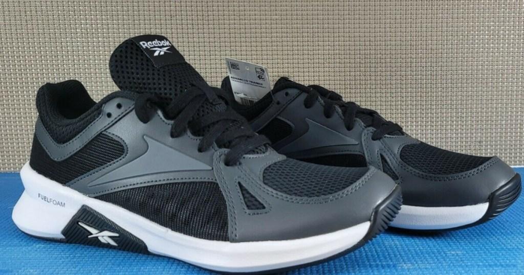 men's black and gray sneakers