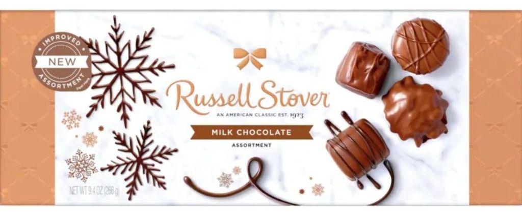 Kotak Cokelat Susu Stover Russel