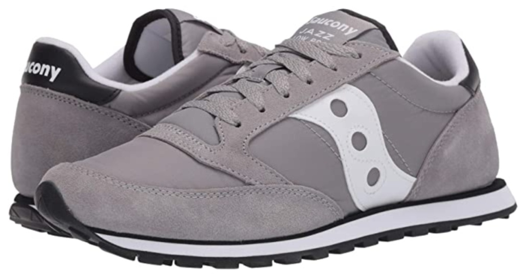 mens grey and white saucony sneakers