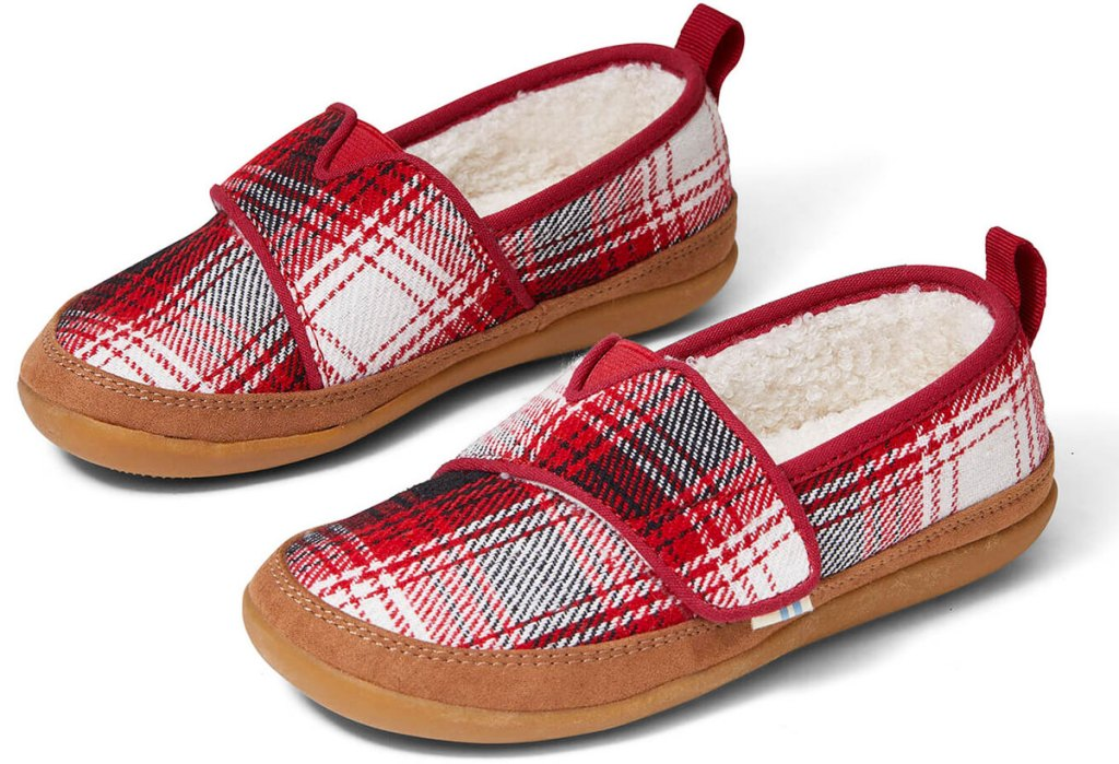 pair of black red and white plaid kids slippers