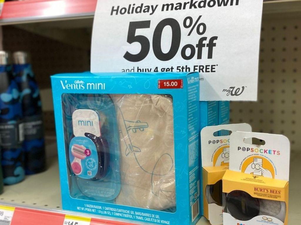 Venus razor holiday gift set