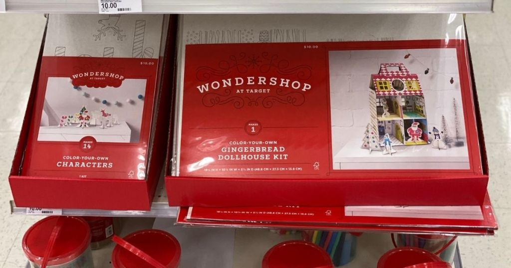 Wonderland gingerbread house kit