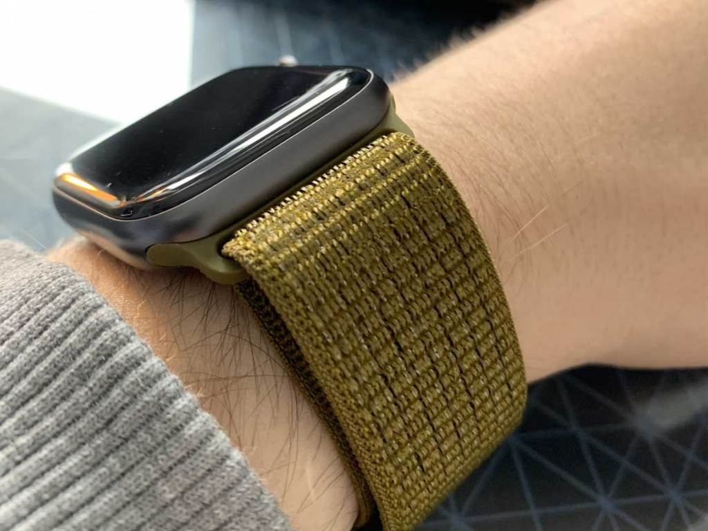 apple watch with sport loop band