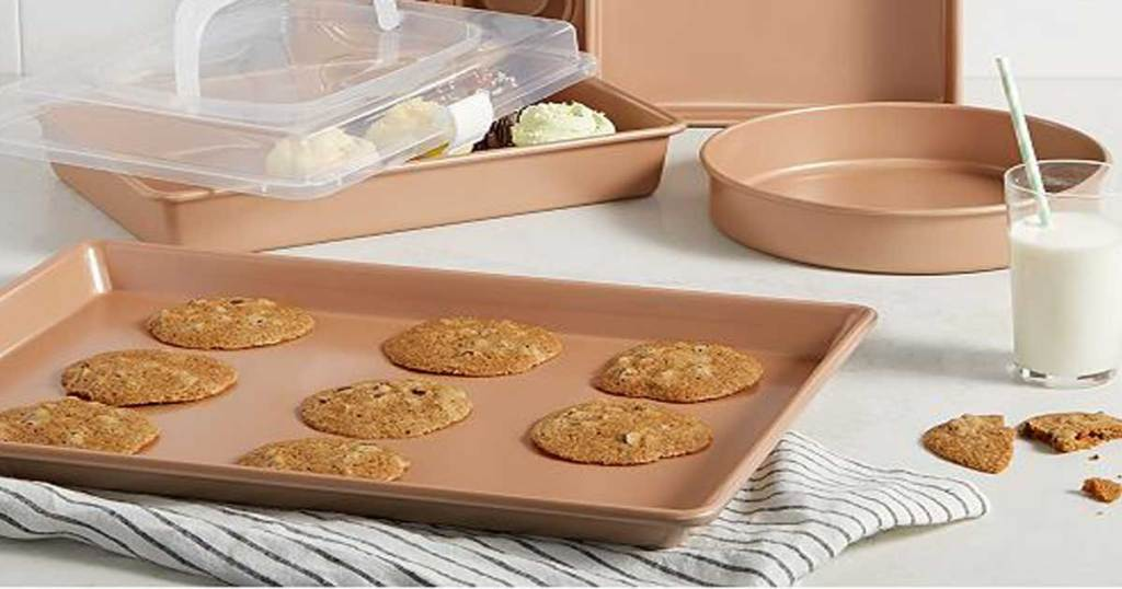 bakeware in a champagne set