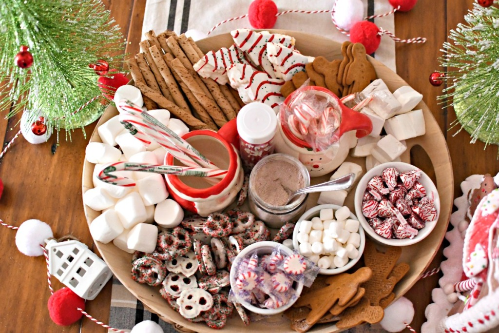 easy hot chocolate Charcuterie on the table