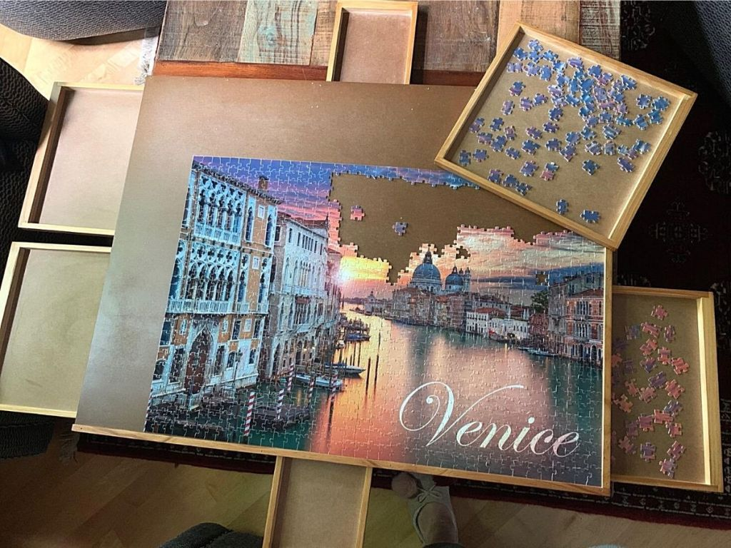 teka-teki Venesia di papan teka-teki