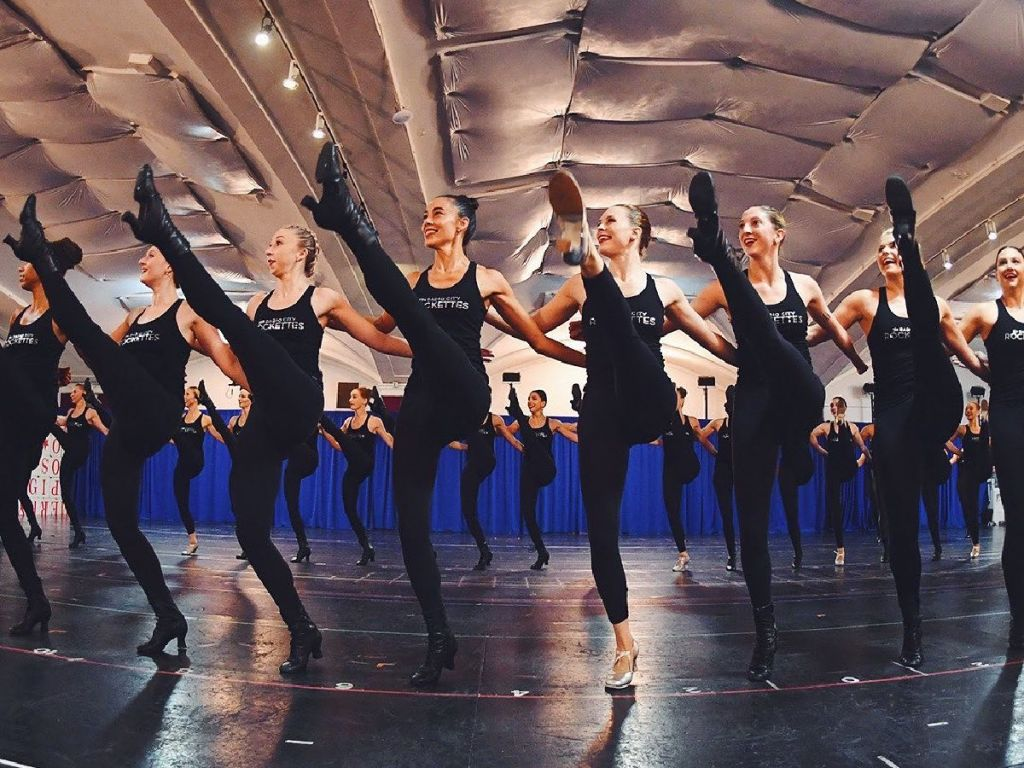 Rockettes doing high kicks